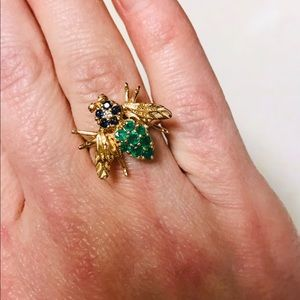 Stunning 14K Gold Sapphire Emerald Bee Ring